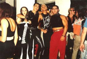Personaggi tra quelli che hanno fatto la storia nella movida veneta: Tony Luke, Betty 'ocio' 'rovina', il dj Marco Bellini e Enzo Barone